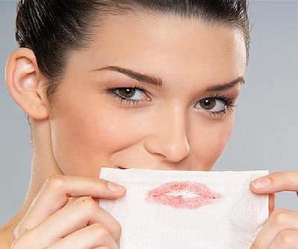 Bạn chăm sóc da & trang điểm thường xuyên, liệu có biết 7 mẹo hữu ích này không?