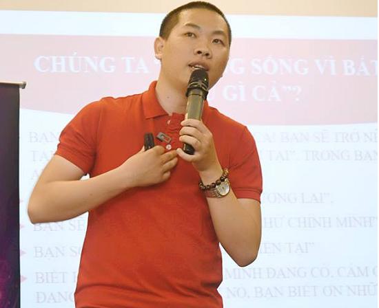Chàng trai Bình Định và câu chuyện khởi nghiệp kiếm hàng trăm triệu mỗi tháng ở độ tuổi 19.