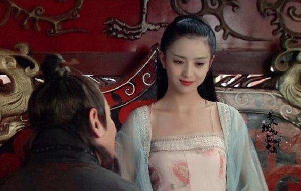 """Hoàng hậu """"kỹ nữ"""" xứ Trung Hoa đã làm gì khiến vua Hán đảo điên, mê mệt?"""