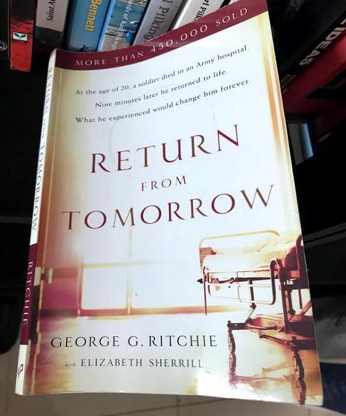 """Hơn 9 phút trong cõi chết và """"Return from tomorrow"""" của một bác sĩ tâm thần học người Mỹ"""